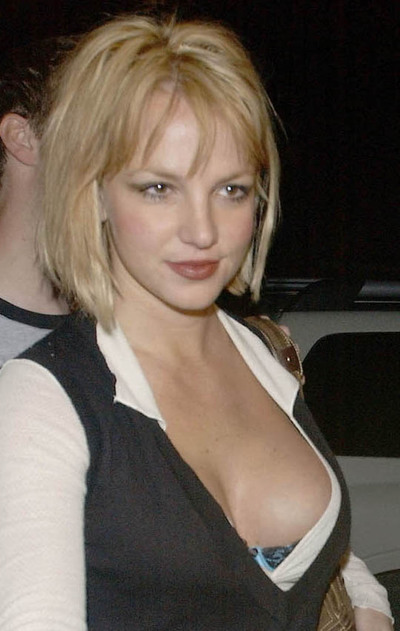 Britney_spears_boobs_4_big1